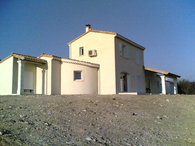Nos métiers -maison neuve - STB Constructions - STB Rénovation - STB ProSud Façade - renovation facade maison ancienne - facadier enduiseur